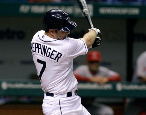 Keppinger pacta por tres años con White Sox