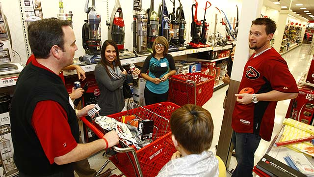 D-backs provide shopping sprees for local youth