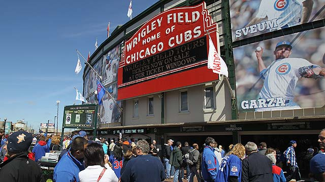 Cubs plan to build hotel across from Wrigley Field