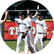 Mariners players high five