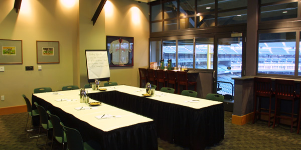 Host a pre-game meeting (based on availability)