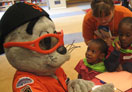 Lou Seal and child photo