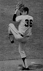 Gaylord Perry is one of five San Francisco Giants in the Hall of Fame.